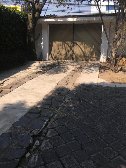 Sh Casa Con Uso De Suelo En Lomas De Chapultepec!