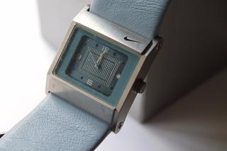 Reloj Nike Wa-0051 Analogo Calendario Sumergible Con Luz