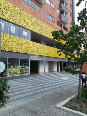 Local En Arriendo Centro Ayacucho X Tranvia.