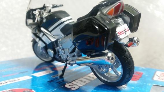 Moto Yamaha Colección Maisto Escala 1/18