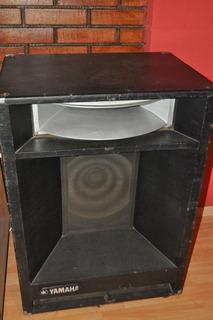 Parlante Potenciado Yamaha A4115h Made In Japon... 100 Watts