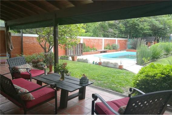 Oportunidad - Casa 4 Ambientes Con Parque Y Pileta