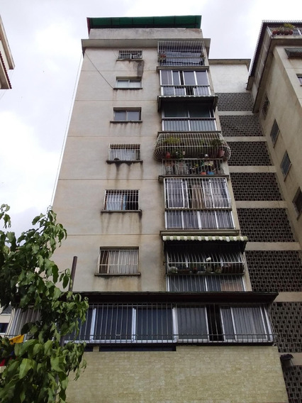 Apartamento En Las Acacias 20-544 Yanet 0414-0195648