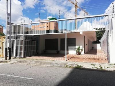 Local En Alquiler Barquisimeto Este 19-48