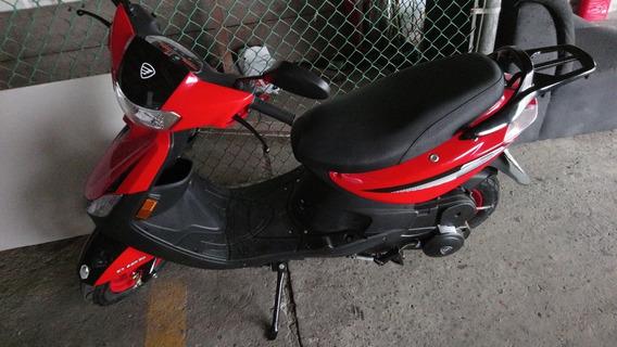 Motoneta Italika D 125 Roja