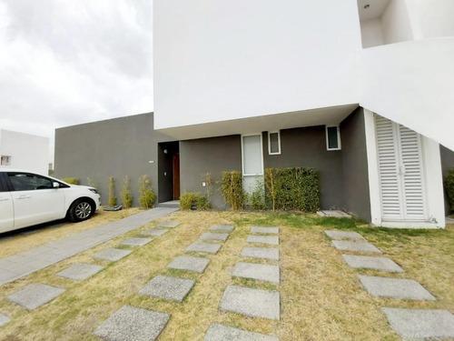 Renta Casa Una Planta El Mirador Tres Deseos