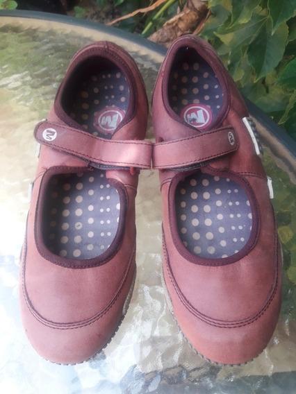 Zapatillas Merrell Talle 37 Tipo Chatitas, Excelente Estado