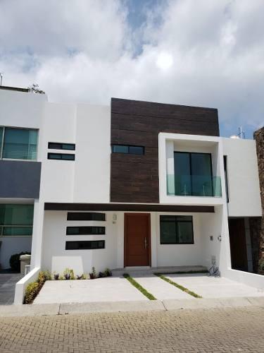 Hermosa Y Espaciosa Casa En Coto Privado En Fraccionamiento Los Almendros
