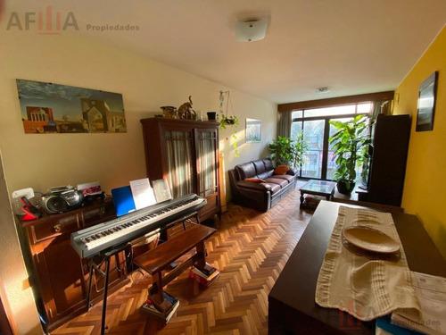 Venta Apartamento Dos  Dormitorios Y Servicio Completo Pocitos Locacion