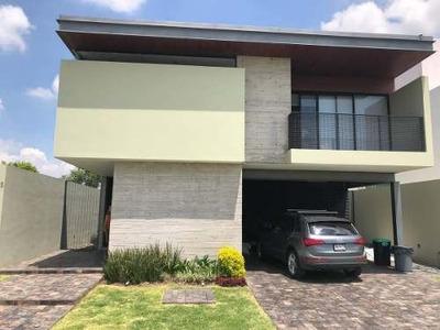 Hermosa Residencia Acabados De Lujo Coto Arauca Ii, Zapopan Junto Los Olivos