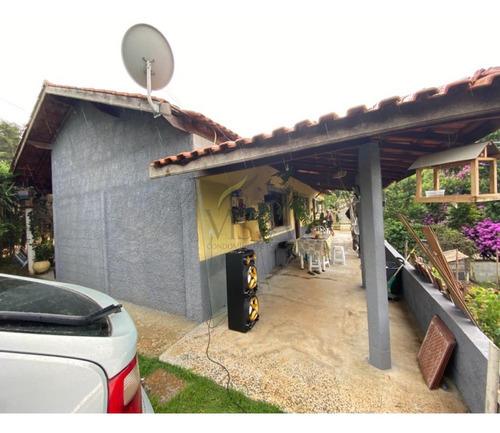Chácara A Venda  Próximo A Pedra Da Guarita Em Bragança Paulista. 3 Dormitórios, Sala, Cozinha, Banheiro. - Ch00051 - 68961400