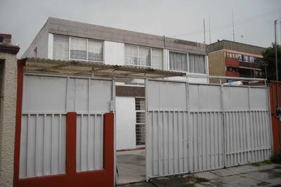 Casa Duplex 5 Recamaras Dos Baños