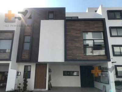 Casa En Venta, Momoxpan, Cerca De Explanada Puebla