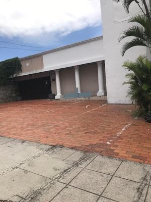 Alquiler De Casa En San Benito, Para Oficinas, Negocios, Etc