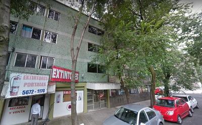 Edificio De Remate En Col. Portales