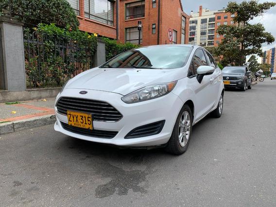 Ford Fiesta Se 2014 Blanco En Excelente Condiciones 60.500km