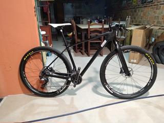 Bicicleta Carbono Mtb Genérica 29 L Excelente Estado