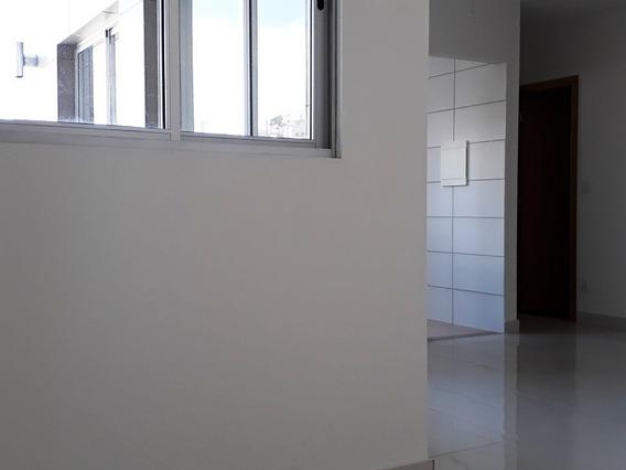 Apartamento Com 3 Quartos, Suíte E 2 Vagas Paralelas E Cobertas, No Bairro Salgado Filho. - 1296
