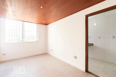 Apartamento No 16º Andar Mobiliado Com 2 Dormitórios E 1 Garagem - Id: 892862423 - 162423