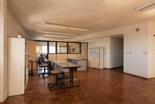 Alquiler Amplia Oficina En Centro Torre Del Gaucho