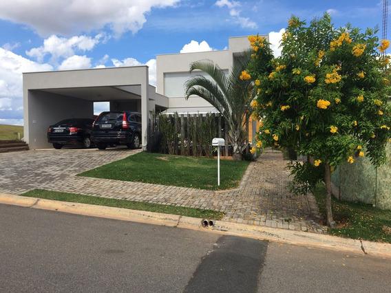 Casa Duplex Condomínio Vale Das Águas / Ca-334