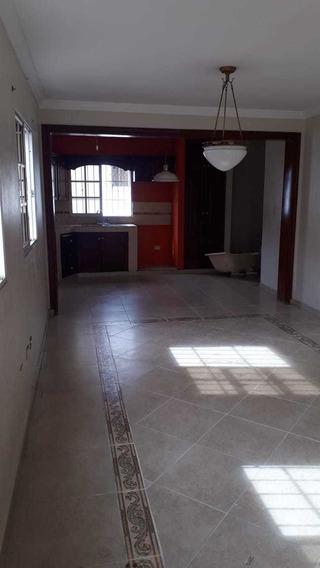 Gazcue Alquiler Apartamento Sin Amueblar De 3 Habitaciones
