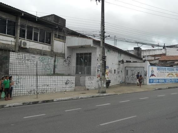 Casa Comercial Ou Residencial, 4 Salas, Garagem