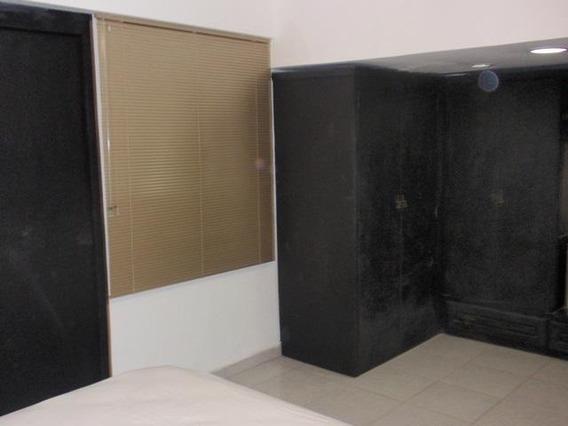 Se Vende Apartamento En La Buena Zona De Mcy Mm 19-6301