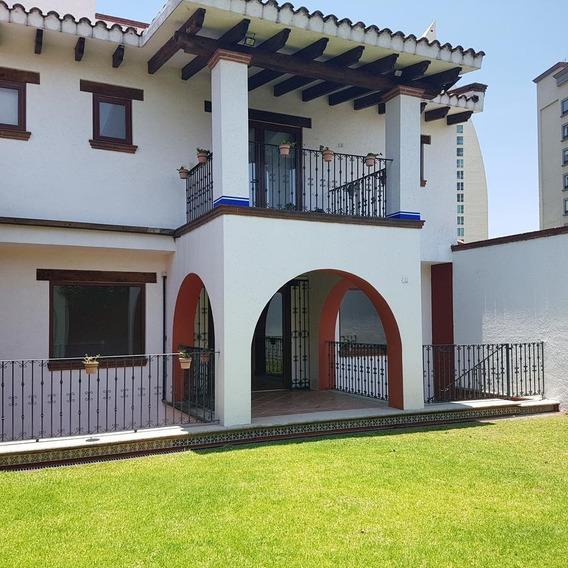 Casa En Venta En Hacienda De Las Palmas, Interlomas, Huixquilucan