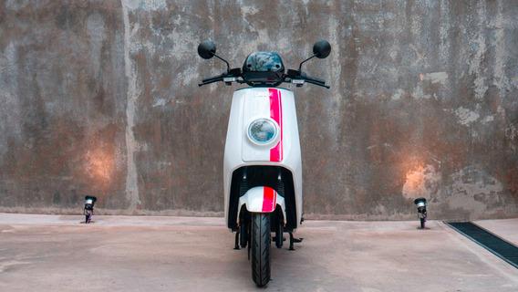 Moto Eléctrica Nuuv Ngt - No Sunra No Vespa No Honda Pcx