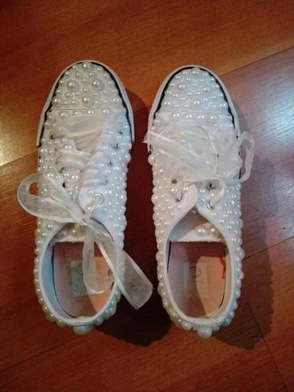 Zapatillas Fiesta 15 (estilo Converse)