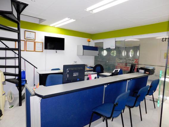 Local En Medellin Estadio