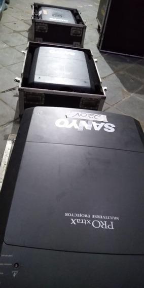 Projetor Sanyo Xf 47 15000 Ansi Lumens Com Case