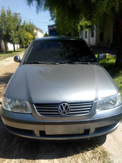 Volkswagen Gol .