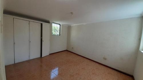 Imagen 1 de 6 de Casa En Renta Las Charcas Zona 11, Fuera De Garita