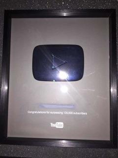 Placa/botón De Plata De 100 Mil Subs De Youtube 100% Real