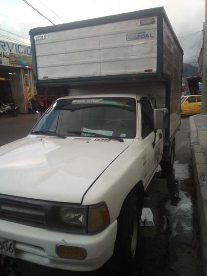 Toyota Hilux 1995