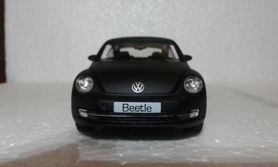 Miniatura Vw New Beetle Preto Fosco Escala 1/32