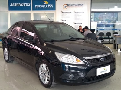 Ford Focus Sedan 2.0 Glx 16v Flex Manual 2013 Preta