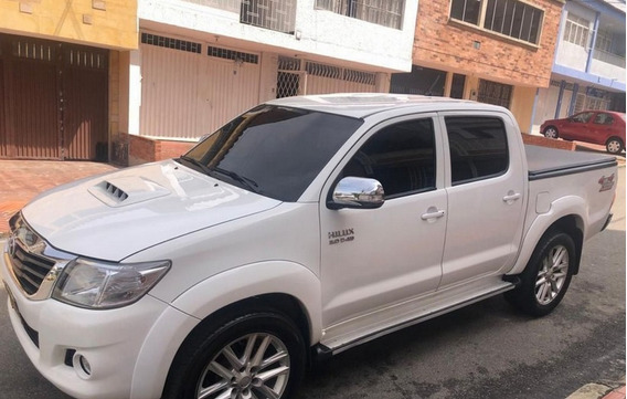 2014 Toyota Hilux Blindada At