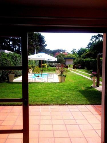 Muy Linda Casa Para Disfrutar De  Una Temporada Tranquila!!- Ref: 588