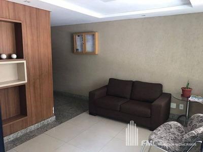 Apartamento Padrão Com 3 Quartos No Edf. Girassois - Vd641-v