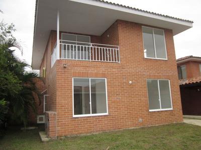 Casas En Venta Hacienda El Castillo 654-163