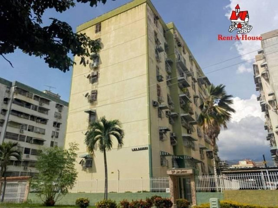 Apartamento En Venta En Base Aragua, Maracay/ 19-5933