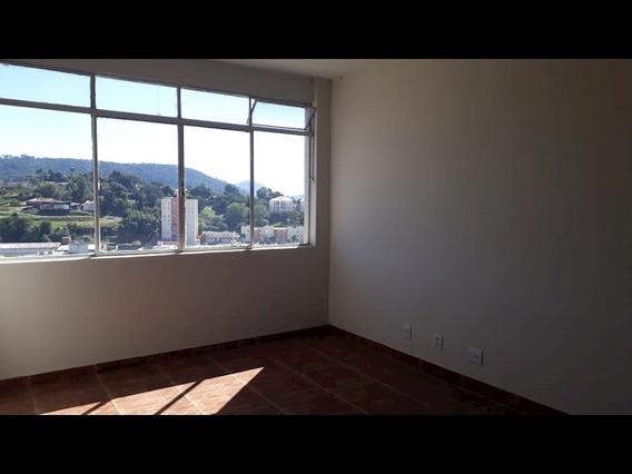 Apartamento No Centro De Sao Roque - 1585