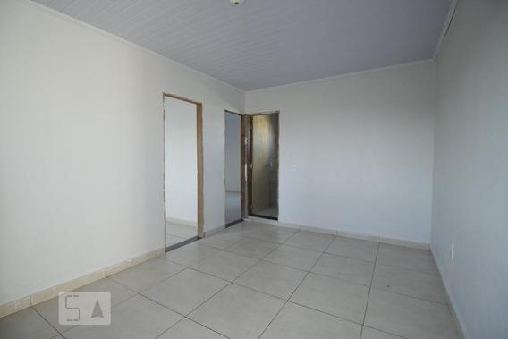 Casa Para Aluguel - Ceilândia, 2 Quartos, 40 - 893115701