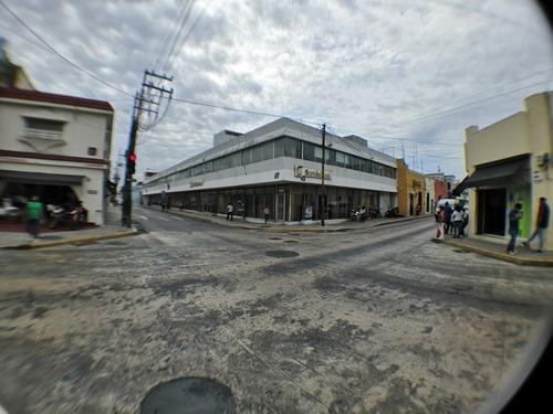 Planta Baja De Edificio En Renta En El Corazón De La Ciudad