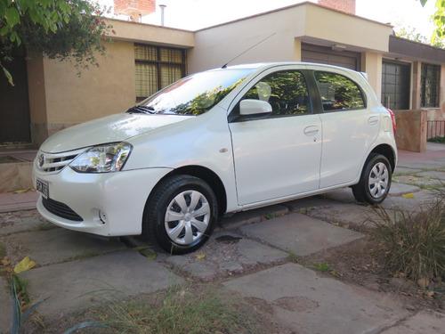 Toyota Etios Xs 1.5 M/t
