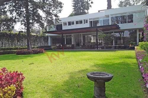 Casa Jardines Del Pedregal, Alvaro Obregon Mexico