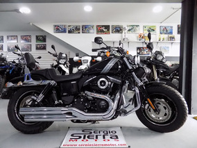 Harley Fat Bob 1700 Negra 2016
